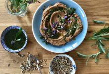 Hummus se šalvějovým pestem